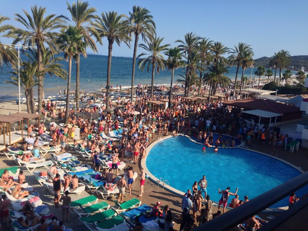"Jay on Twitter: ""Loving @jet_ibiza yesterday's pool party ..."