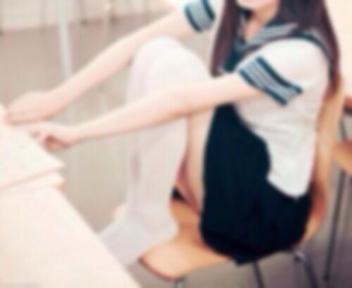 .   #RTしたnrさんbotさんフォローする    関西高校1年生 !    ちょっぴり甘えた 、人見知り 。    優しい人に直ぐ懐きます 。 矢印    さ 、れっつぐるぐる !
