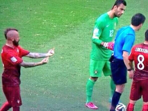 Portugal keepin' it klassy after the red card announcement #GERvsPOR #WorldCup http://t.co/B43MWuHC8M