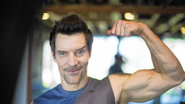 .@Tony_Horton, creator of @P90X, explains why he wants you to pump up the happiness http://t.co/pQoeTZXGce http://t.co/jWU0FOu3dL