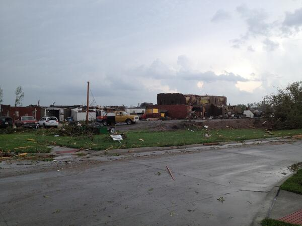 Photo of tornado damage in Pilger from @darinepperly http://t.co/trTyxFLCOE