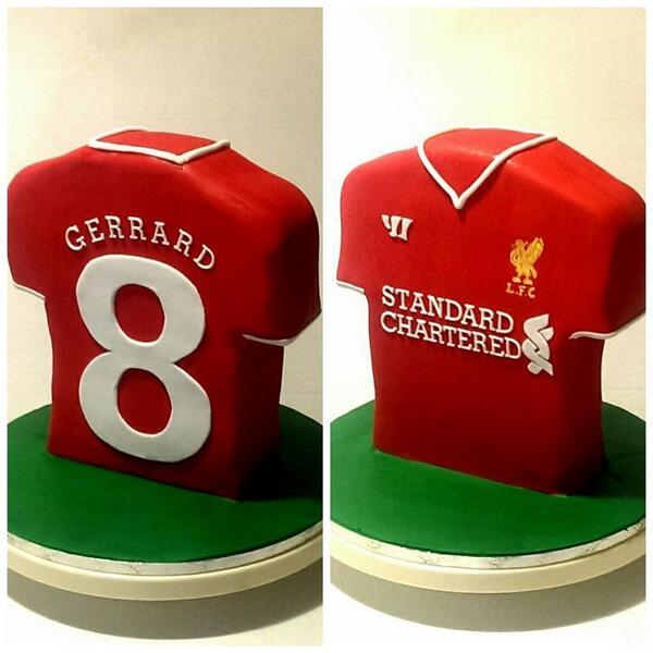 miss piggy s cakes on twitter served one no 8 gerrard birthday cake for an lfc fan liverpool football fifaworldcup soccer http t co spryciyonn gerrard birthday cake for an lfc fan