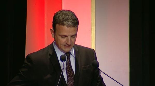 [LT] François Michel Lambert introduit les 1ères Assises de l'#EconomieCirculaire ! cc @ecologiEnergie @RoyalSegolene http://t.co/R7zQJI06FS