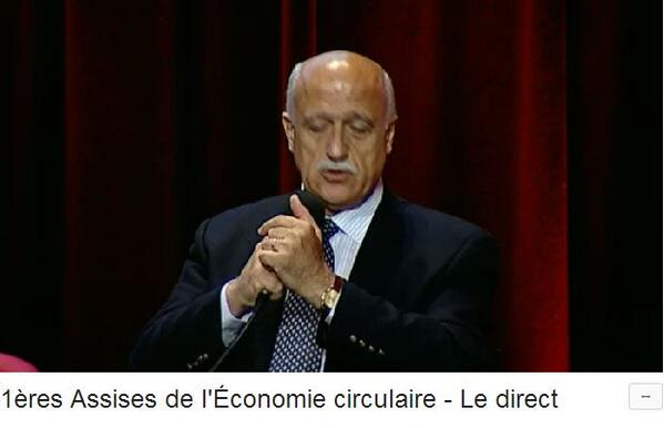 """[LT] """"Le taux de recyclage aujourd'hui est catastrophiquement bas"""" @ArabHoballah de l'@UNEPfr #EconomieCirculaire http://t.co/irUBxBNDdq"""