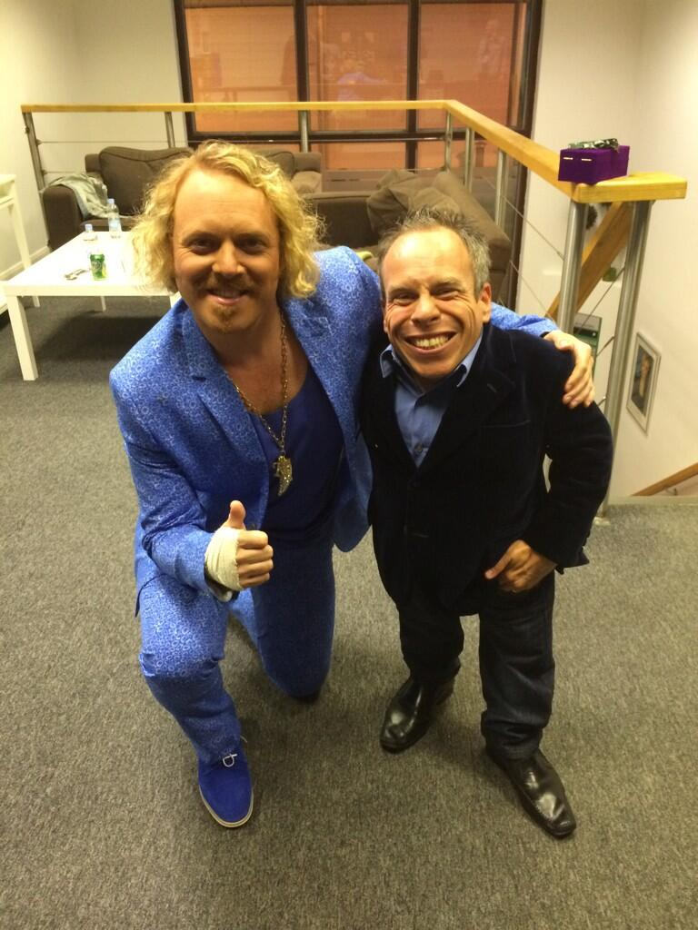 Me and the lovely @WarwickADavis nice t' see ya yesterday. Many fanks! http://t.co/FtJgQHxoSV