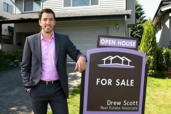 Drew Scott On Twitter Want The Propertybrothers To Help Your House Follow Me Get My Weekly Real Estate Tips And Design Ideas