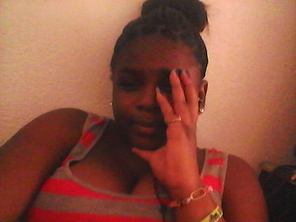 This my b$$ch your  Breath stink face http://t.co/p0owqg9tl0