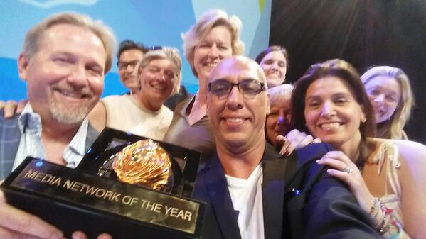 What do you do after winning #CannesLions Media Network of the Year? Of course - take a selfie! @Global_SMG http://t.co/4AT02OtC6Y