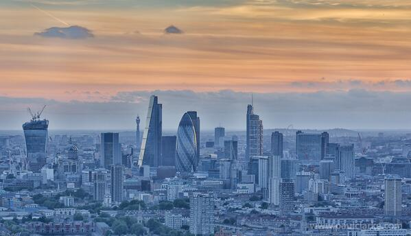 City sundown just now http://t.co/x612R204ws