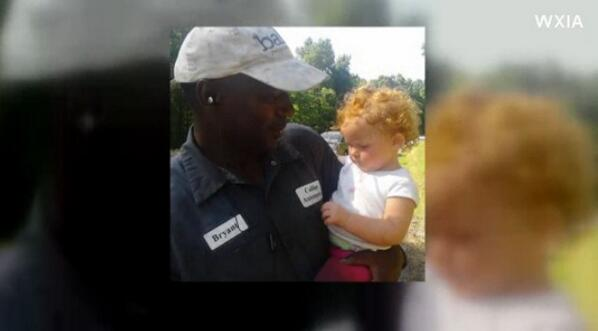 Hero Ex-Con Saves Baby From Crawling Onto Georgia Highway