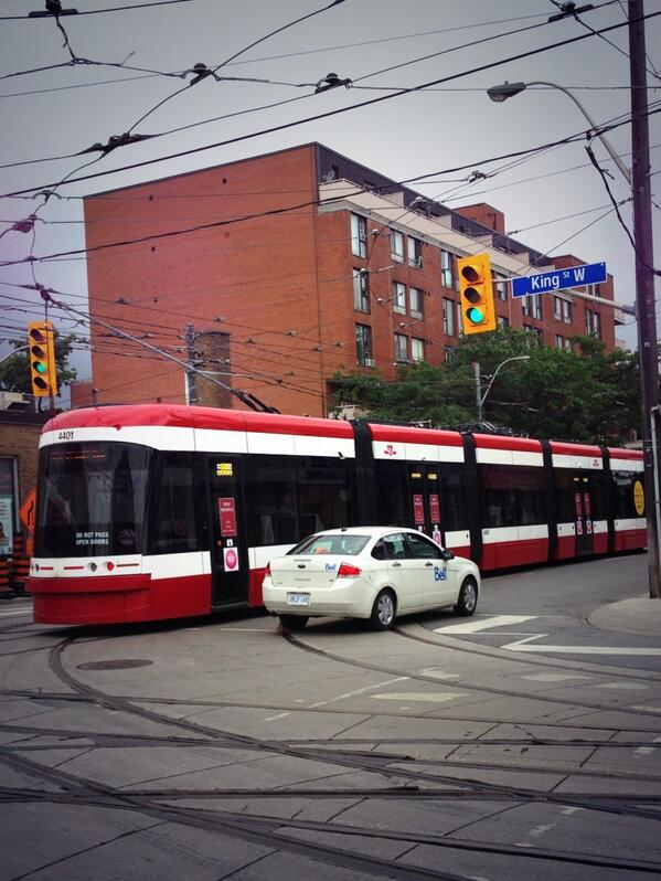 Well hello there, beautiful. #RideTheRocket #toronto cc: @streetcarTO http://t.co/n9Dl37tcCA