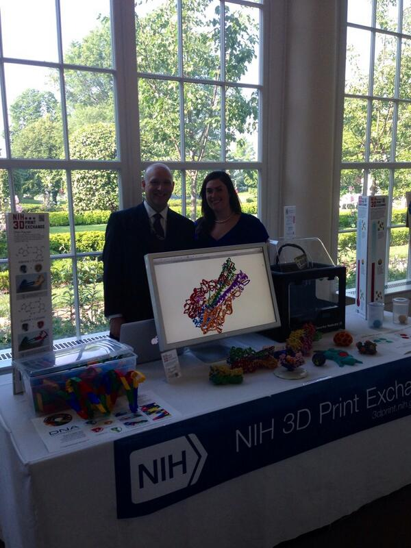 At the @WhiteHouse #MakerFaire! Official launch of http://t.co/ytAAN1KIsQ #NationOfMakers http://t.co/8dZh7q1q6w