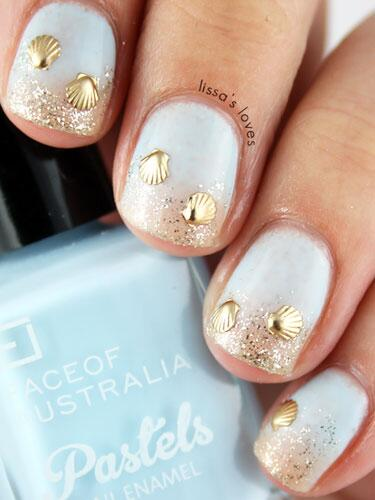 We just can't even with these #seasonal nail designs. #nailart #beachbunnies  http://t.co/A0JVci1lqI http://t.co/Z8Xu8dr1SU