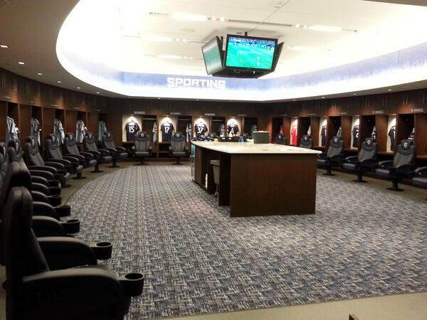 10 Changing Rooms Of Famous Football Teams Soccer