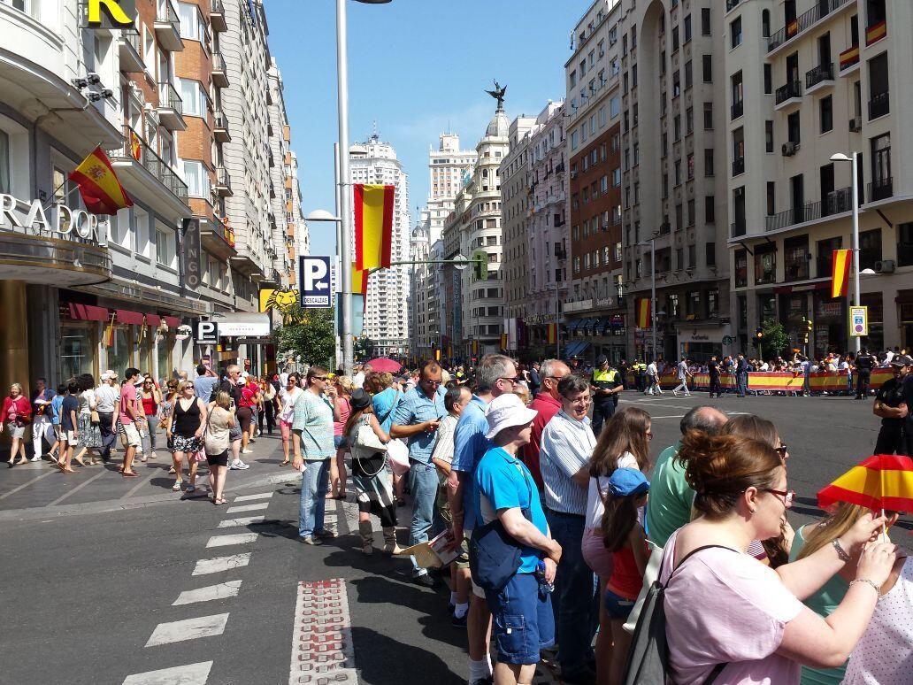 El escaso apoyo popular en las calles a Felipe VI Bqe33FACEAAVlz_