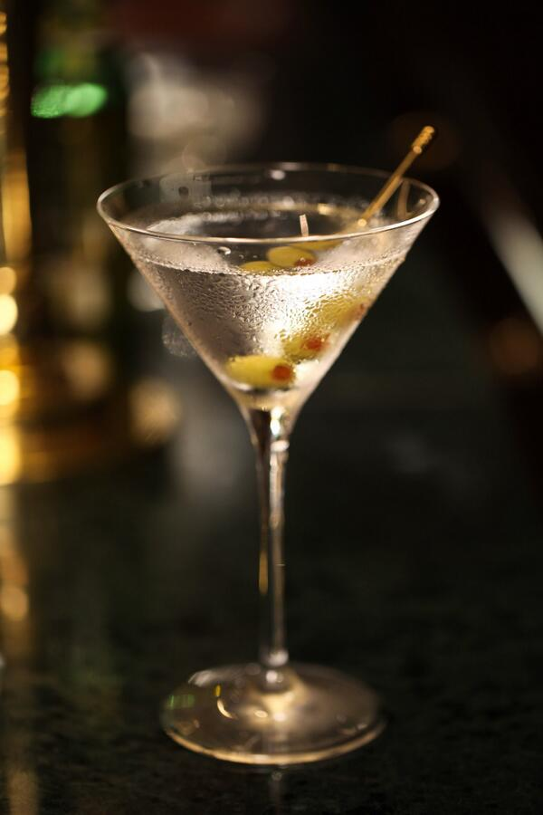 Happy #WorldMartiniDay everyone! Because there are few occasions after breakfast that aren't improved by a Martini. http://t.co/GM1poYcvpf