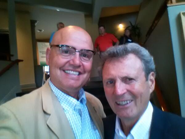 @999virginTO #SummerOfTheSelfie I have the winner because it's w/ the hero who scored winning goal-Paul Henderson! http://t.co/YGEOt6Jypd
