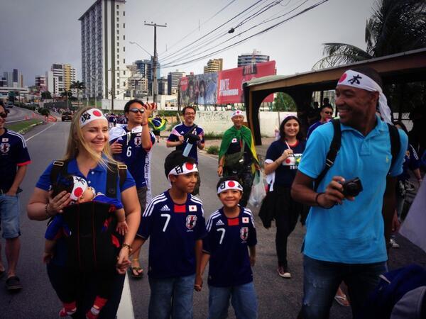 ルーコン!  RT @gckcg 現地の方! ルーカス一家の写真ありがとうございます! RT @piropon_pin: 元FC東京のルーカス家族が来てくれた(^o^)/ http://t.co/FYC73eVk2H
