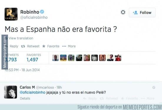 Robinho se ríe de España y se lleva un buen zasca  http://www.memedeportes.com/futbol/robinho-se-rie-de-espana-y-se-lleva-un-buen-zasca…