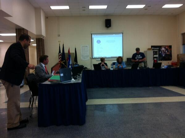 One minute to go until gripping #Pottstown School Board meeting gets rolling. http://t.co/nJwC3Xr8iL