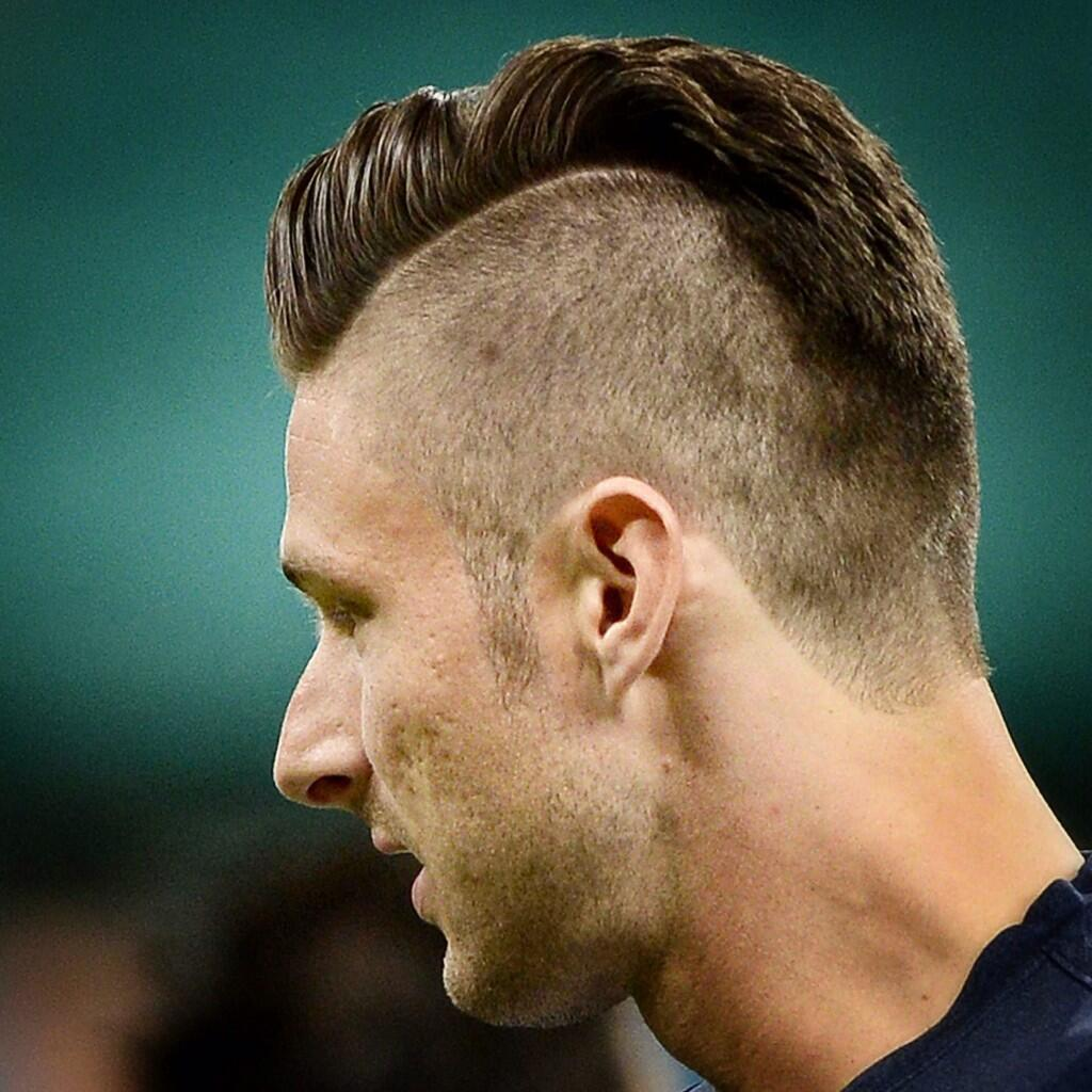 AFP Photo On Twitter WorldCup New Haircut For FRA Forward Olivier Giroud Via FranckFife Tco RFdq45VcCG