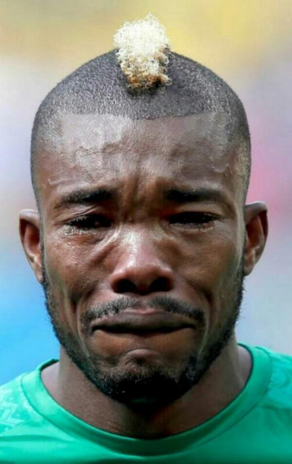 His dad died 2 hours before the game......and he broke all our hearts. Animo! #SereyDie #Cotedivoire<br>http://pic.twitter.com/b6WWYyoh7n