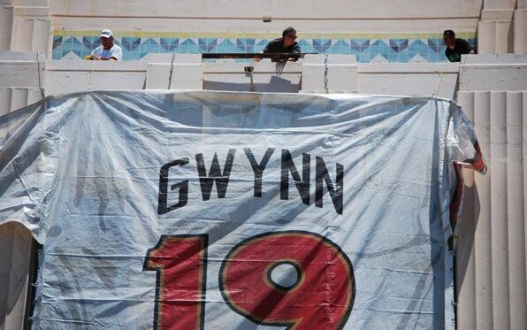 #TonyGwynn's jersey was raised today on the tower of the County Admin bldg. downtown. #padres http://t.co/lhX8px3B1O http://t.co/fS9vjOfUm5