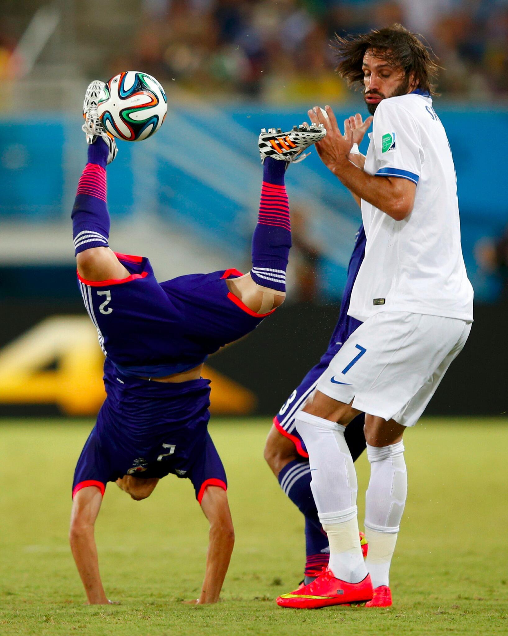 Прикольные картинки о футболе