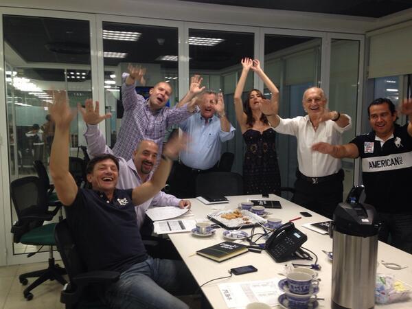 Eeeeeeeeeeeeeeeeeeeeeeeeeeh putooooooooooooooo!! @hcristante @GabrielGerberof hoy en @ClaroSports #Brasilsinderechos http://t.co/OrirSeuvzI