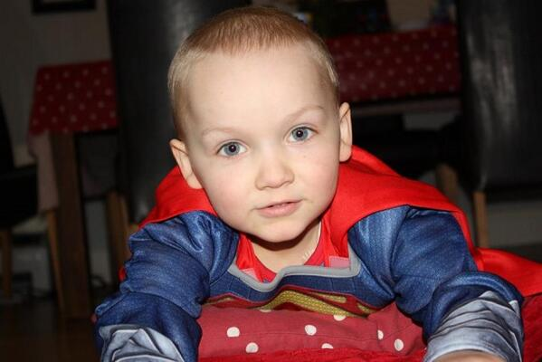 To donate €4 to the #GavinGlynn appeal text 'Gavin' to 50300. #myboy http://t.co/zg8aREPd9e