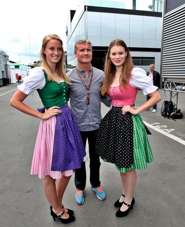 Formel 1: Dirndln & Rennluft für die Formula Unas - Photo | Red ...