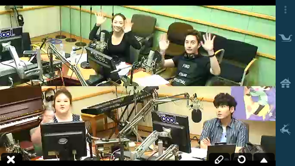 Junnie wave to camera ^^ @HyungJun87 http://t.co/zvHP1U8aSL