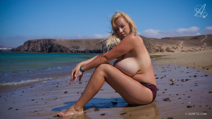 The first set from the amazing Canary Island in ONLINE! http://t.co/TocGMTlONx #Agnetis http://t.co/