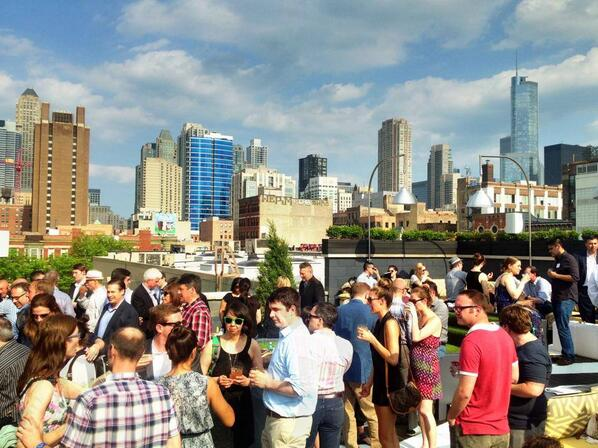 Weather is looking great!! Let's all #WelcomeSummer together at the Kensington Roof Garden!! http://t.co/YLPzFROHKZ http://t.co/mmj8CscbSt