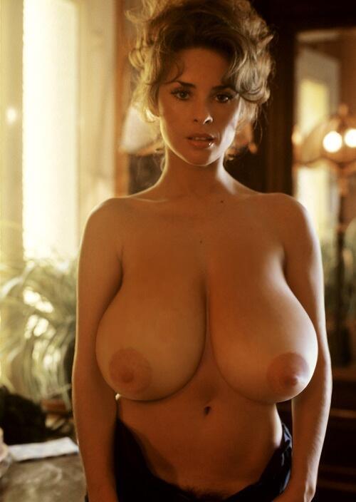 miley cyrus drawn nude