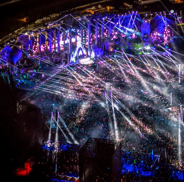 Electric Daisy Carnival Las Vegas EDC 2014 | Lineup | Tickets | Prices | Dates | Video | News | Rumors | Mobile App | Hotels | Movie