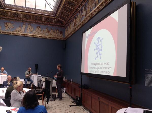 """The session """"Think global act local : how to engage and empower scientific community"""" has just started #esof2014 http://t.co/pi2gYs08vZ"""