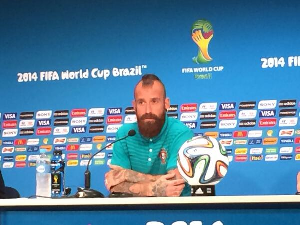 For some reason Raul Meireles keeps getting questions about how he can defeat Jon Snow #WorldCup: http://t.co/46Uyez4zAl