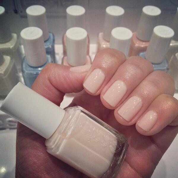 Rt Kstansbu Best Neutral Nail Color By Essie Balletslipper Perfect For Any Occasion Http T Co Csqdgwrgxp