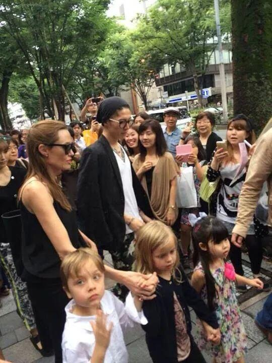 Co Miyavi Worldwide On Twitter Angelina Jolie Chillin In Tokyo To
