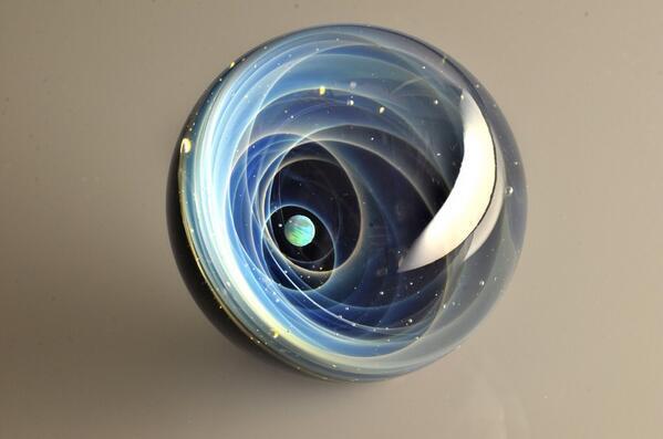 + Plusalpha 宇宙ガラス On Twitter Quot 巨大宇宙ガラスのオークションは残り1時間ほど