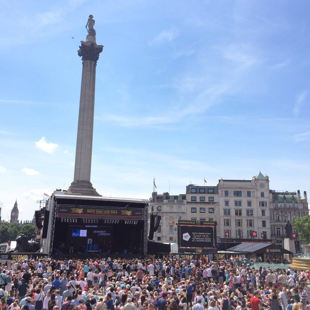 RT @TTO_London: Rather outstanding turn out in Trafalgar Square today... Good work #WestEndLIVE http://t.co/G2sonwni4x