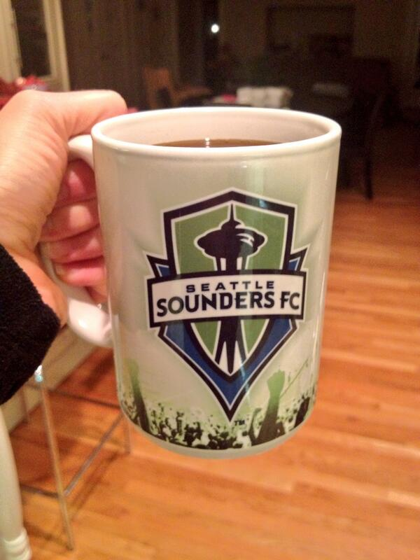 Rise and shine, America!!! Cheers @clint_dempsey and @ussoccer! Big day!!! #USAvsPOR #1N1T #represent @SoundersFC http://t.co/9gfFNCOqzH
