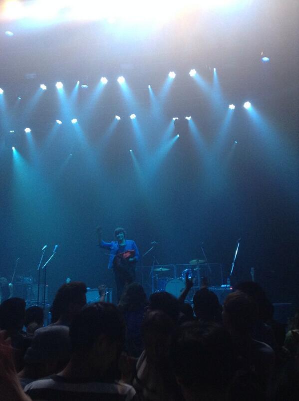 6/22/14 - Tokyo, Japan, Studio Coast Bqvl_dSCYAELUsh