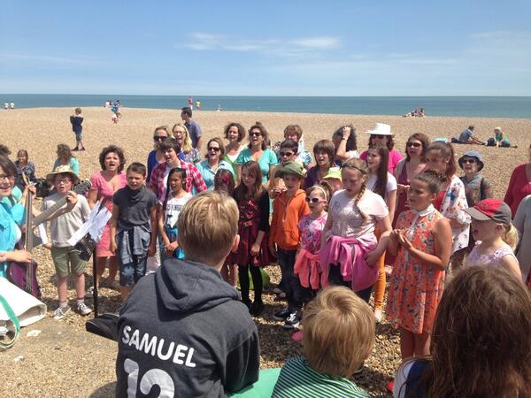 What a perfect day for a #musicircus Well done to all involved! @bekkaliz @peel_megan @aldeburghmusic @robgildon http://t.co/JxBJrWTuNp