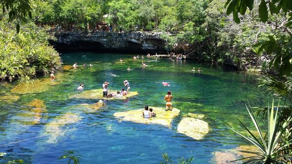 Webcams de m xico on twitter v a amorivieramaya cenote for Cancion en el jardin del eden