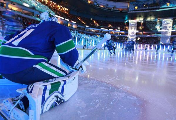 Media Release: Canucks have released 2014.15 schedule - http://t.co/0csi9UBQud http://t.co/e937Wxh4f1