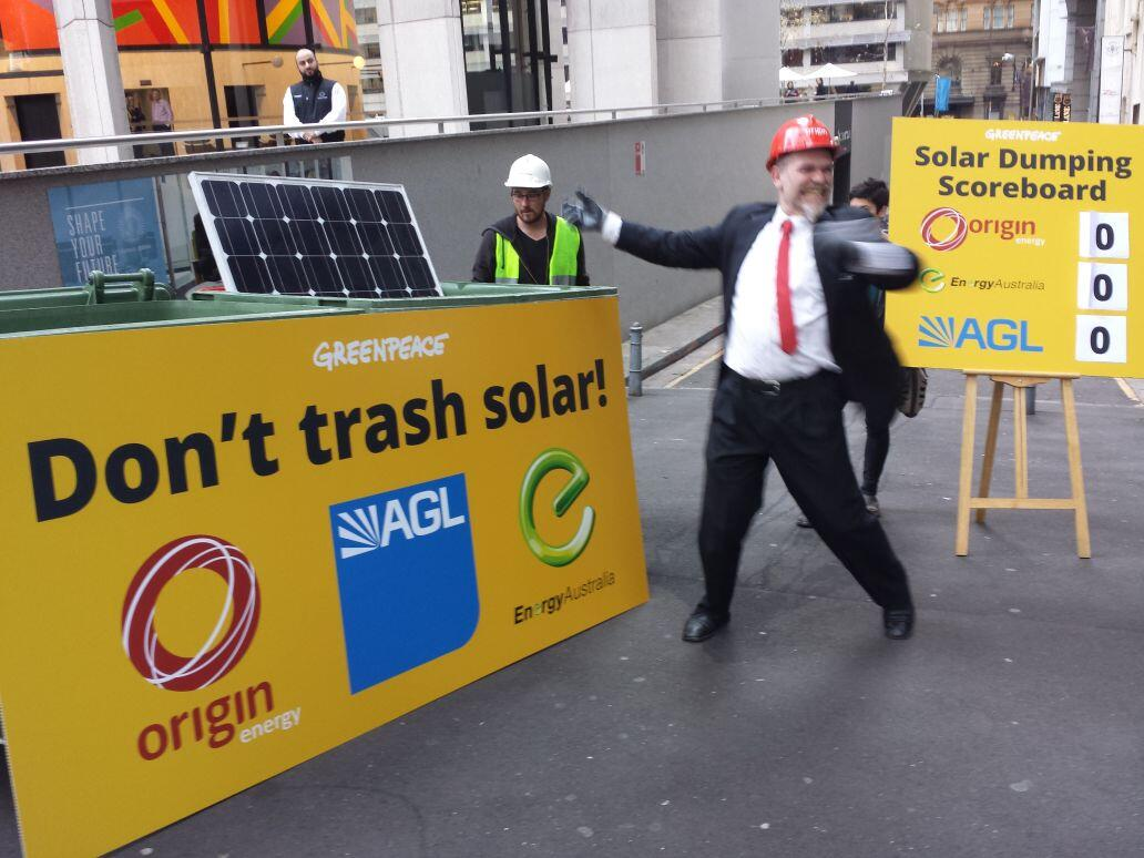 Twitter / GreenpeaceAustP: Right now: solar smashing ...