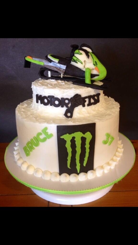 Bruce Kerbs on Twitter The coolest birthday cake ever motorfist
