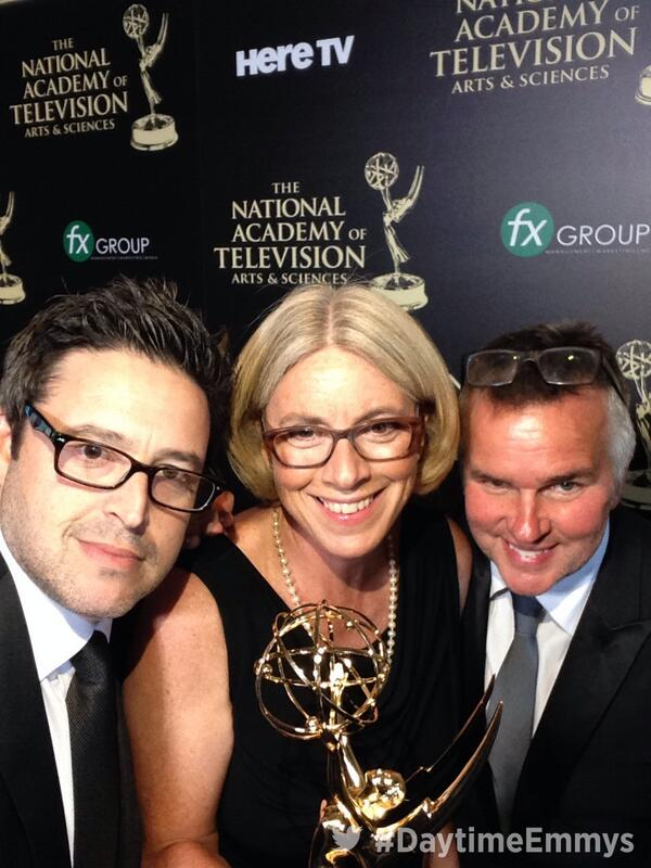 I won a Daytime Emmy! #DaytimeEmmys with @andylassner, @edglavin, @maryconnelly, @theellenshow http://t.co/Sr3Wslmb7W